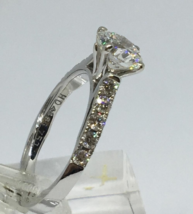 GIA 1克拉 天然鑽石戒指(已售出) 1